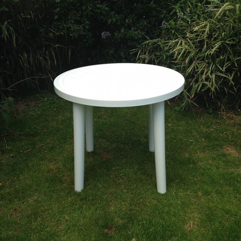 Outdoor Table Hire Garden Patio Round, Round Plastic Patio Table